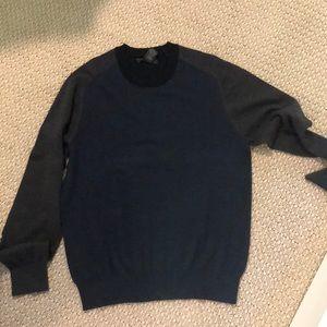 High end men's sweater